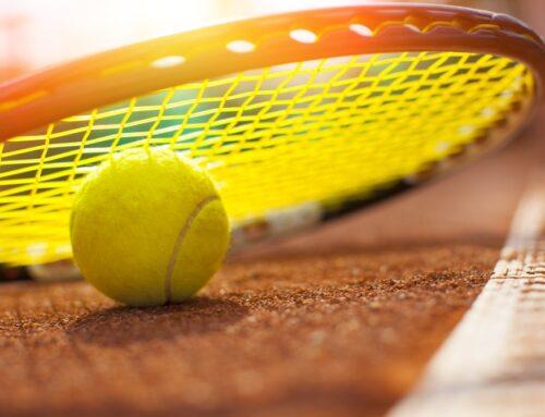 Hvad skal man bruge for at begynde at spille tennis?