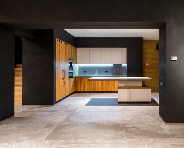 Du kan bl.a. sætte LED strips op i køkkenet